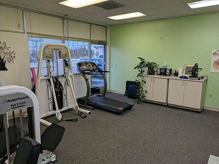 Chiropractor Rehab Equipment in Midtown Anchorage Clinic