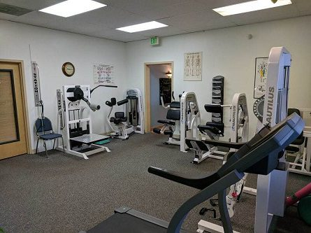 Chiropractic & Rehab Equipment in our Midtown Anchorage Clinic