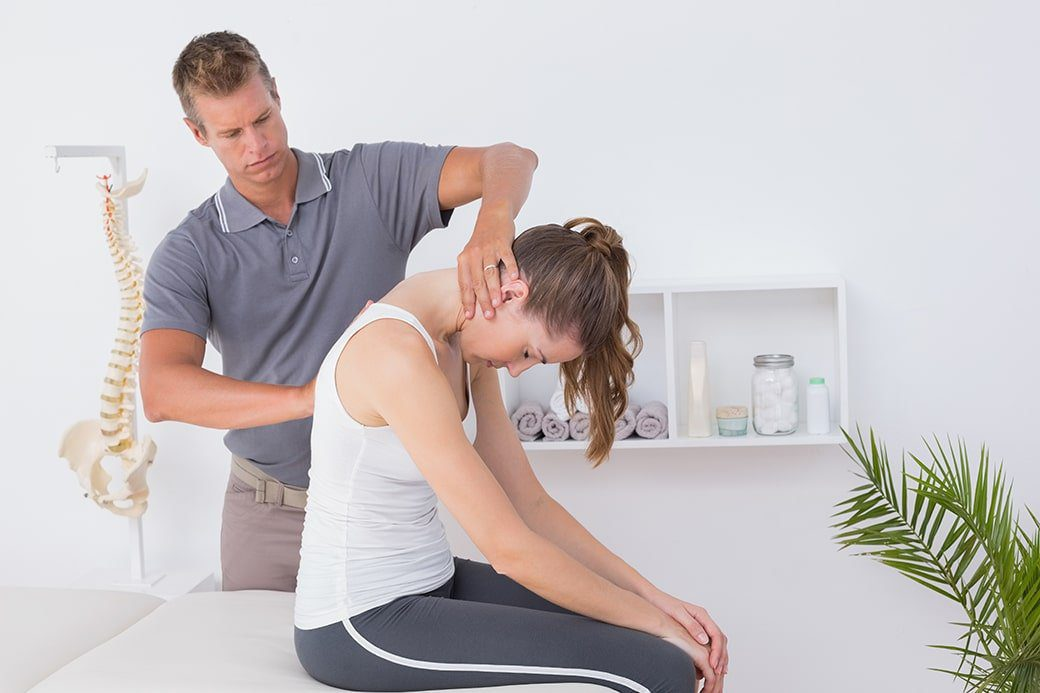 How many patients does a chiropractor see in a day?