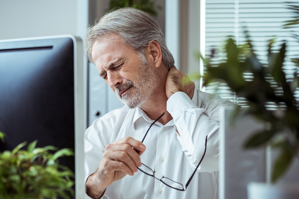 How to Avoid Neck Pain at the Office