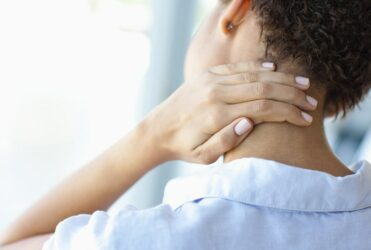7 Unique Tips Everyone Should Know to Stop Neck Pain