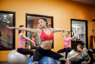 5 Safe Neck Bulging Disc Exercises & Stretches